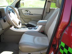 Mercury Mariner front seats